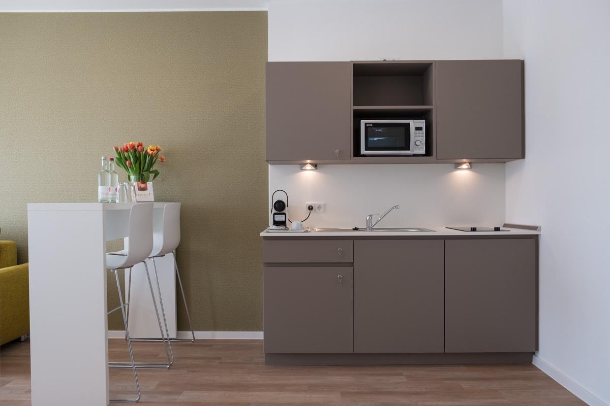 k apart hotel und boardinghouse in h rth bei k ln. Black Bedroom Furniture Sets. Home Design Ideas